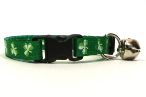 Green Shamrocks Breakaway Cat Collar by Swanky Kitty – clip