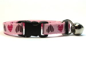 Light Pink Sweethearts Breakaway Cat Collar by Swanky Kitty – clip