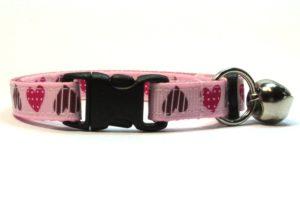 Light Pink Sweethearts Breakaway Cat Collar by Swanky Kitty – clip