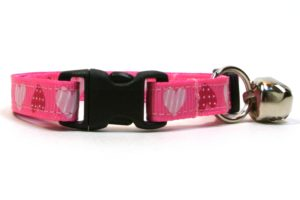 Pink Sweethearts Breakaway Cat Collar by Swanky Kitty – clip