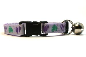 Purple Sweethearts Breakaway Cat Collar by Swanky Kitty – clip