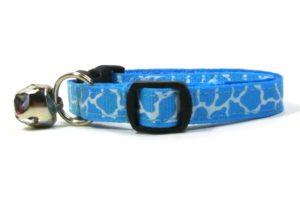 Blue Giraffe Print  Breakaway Cat Collar by Swanky Kitty – side