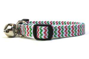 Christmas Chevron Breakaway Cat Collar by Swanky Kitty – side