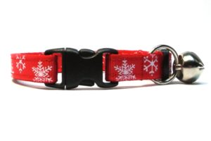 Red Snowflakes Breakaway Cat Collar by Swanky Kitty – clip