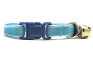 Light Blue Velvet Breakaway Cat Collar by Swanky Kitty – clip